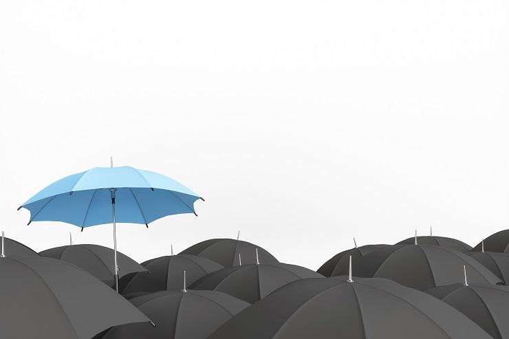 piirroskuvassa sateenvarjoja